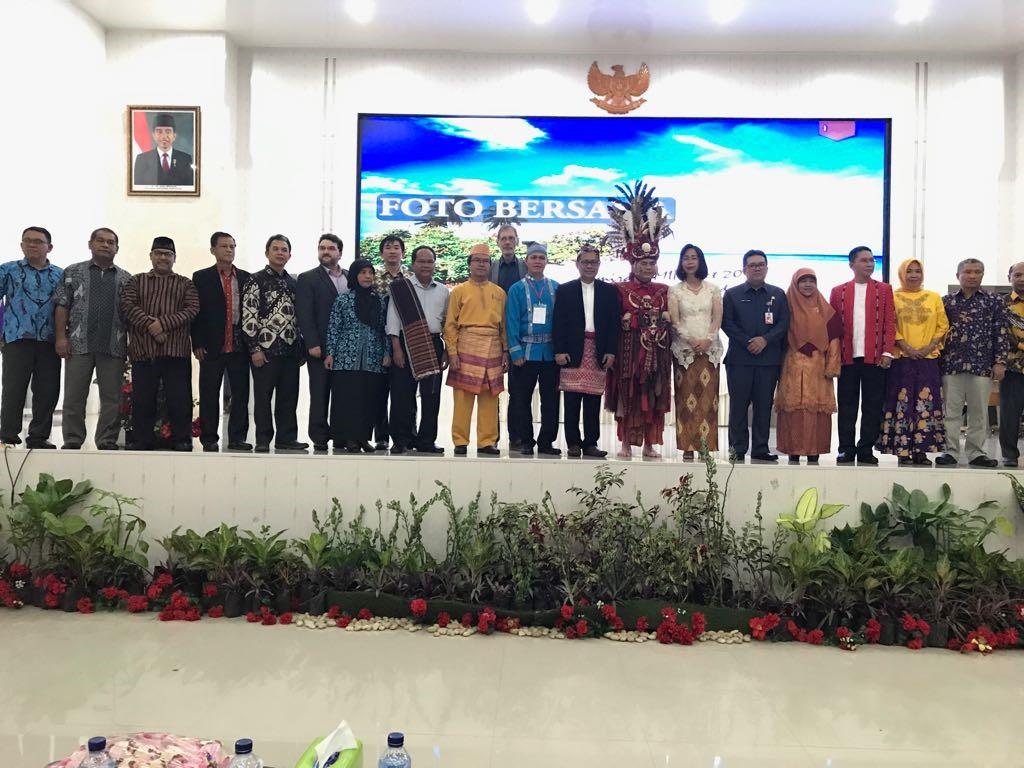Sekretaris Jenderal MIPANet Dr. Ir. Sri Nurdiati, M.Sc. Gelar Semirata MIPAnet di Manado