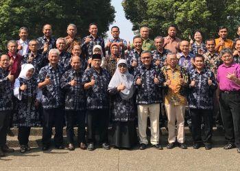 Sekretaris Jendral MIPANet periode 2018 – 2020 Prof. Dr. Edy Tri Baskoro Gelar Rapat Kerja di Bandung 25 Agustus 2018